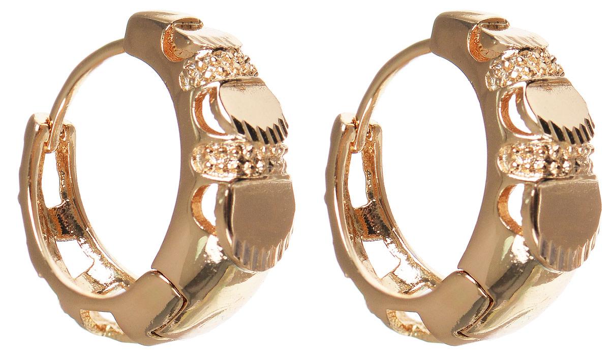 Серьги Taya, цвет: золотистый. T-B-11690T-B-11690-EARR-GOLDМодные позолоченные серьги Taya изготовлены из бижутерного сплава и оформлены интересным дизайном. застегивается изделие с помощью замка- конго. Оригинальные серьги внесут изюминку, как в повседневный, так и в выходной образ и позволят выделиться среди окружающих.