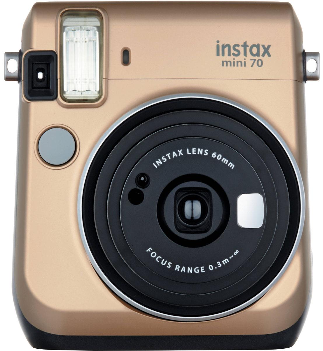 Fujifilm Instax Mini 70, Gold фотокамера мгновенной печати16513891С камерой Fujifilm Instax Mini 70 вы превратите серые будни в особенные дни, наполненные улыбками. Чтобы проводить время весело, всегда и везде берите с собой этот стильный фотоаппарат. Главной особенностью камеры является функция автоматического контроля экспозиции, которая позволяет запечатлеть, как объект съемки, так и фон в их естественной освещенности. Помимо этого Instax Mini 70 может похвастаться отдельным режимом съемки для создания cелфи. Использование режима selfie обеспечивает оптимальную яркость и расстояние для съемки автопортретов. Вы также можете проверить кадрирование в специальном зеркальце рядом с объективом. Высокопроизводительная вспышка автоматически определяет яркость окружающего освещения и устанавливает оптимальную выдержку - специальные настройки не требуются! С помощью функции Hi-Key можно запечатлеть яркие, красивые тона кожи. Также имеются режимы для съемки макро и пейзажей. Для максимального удобства также...