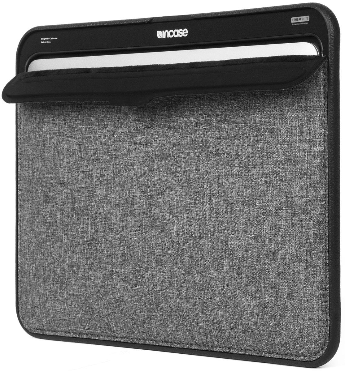 Incase Icon Sleeve чехол для Apple MacBook Air 11, Gray BlackCL60645Чехол Incase Icon Sleeve для MacBook оснащается лёгкой рамой-бампером из ЭВА и использует современную технологию Tensaerlite для максимальной защиты от ударов. Магнитная застёжка чехла дополнительно защищает MacBook, при этом обеспечивая удобный доступ к нему.