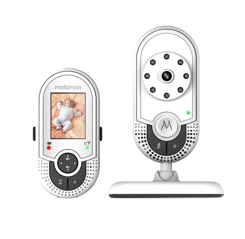 """Motorola Видеоняня MBP421MBP421Модель видеоняни MBP421 выполнена в стильном дизайне и представляет собой беспроводное устройство наблюдения за ребенком. Видеоняня Motorola MBP421 оснащена цветным ЖК дисплеем с диагональю экрана 1,8"""" и позволяет просматривать изображение с камеры на родительском модуле. Отличное качество изображения, инфракрасный ночной режим, датчик комнатной температуры и многое другое — делает эту модель незаменимым помощником для родителей! Цветной LCD дисплей, диагональ 1,8"""" Инфракрасный ночной режим Датчик комнатной температуры Четыре световых индикатора уровня звука Двусторонняя связь Радиус действия до 300м"""