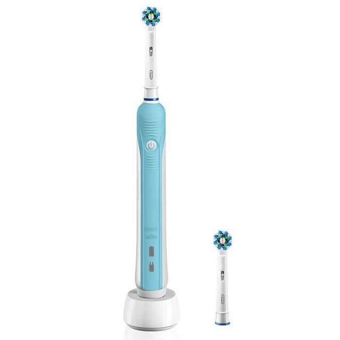 Oral-B Pro 570 D16.524U CrossAction Электрическая зубная щеткаCRS-81564106Электрическая зубная щетка Oral-B Pro 570 D16.524U CrossAction совершает динамичные движения, которые помогут достигнуть лучшего результата в чистке зубов. Она удаляет до 2 раз больше налета по сравнению с обычной зубной щеткой. Клинически доказано, что технология трехмерного очищения позволяет щетинкам глубже проникать в пространство между зубами, а возвратно-вращательные движения, совмещенные с пульсацией, удаляют до 2 раз больше налета по сравнению с обычной зубной щеткой. Индикаторные щетинки обесцвечиваются наполовину, сигнализируя о необходимости замены насадки (чтобы постоянно получать превосходный результат, менять насадку рекомендуется в среднем раз в 3 месяца). Таймер на 2 минуты и 30 секунд Время зарядки: 16 часов