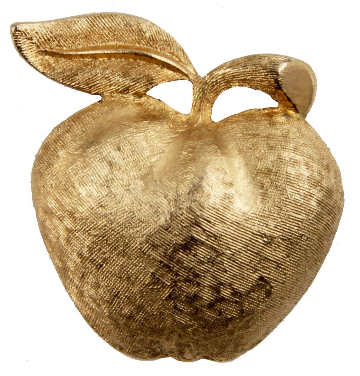 Брошь Золотое яблоко от Coro. Бижутерный сплав. Coro, США, конец XX векаОС28131Брошь Золотое яблоко от Coro. Бижутерный сплав. Coro, США, конец XX века Размер 3,5 х 3,5 см. Сохранность хорошая. Предмет не был в использовании. Брошь маркирована: Coro. Филигранная винтажная брошь выполнена из бижутерного сплава золотого тона. Очаровательная, притягивающая взгляды брошь. Снабжена удобной и надежной застежкой. Брошь - отличное дополнение вашего наряда.