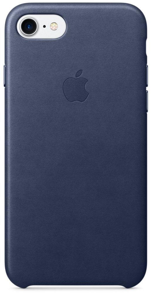 Apple Leather Case чехол для iPhone 7, Midnight BlueMMY32ZM/AЧехлы, созданные Apple, точно повторяют контуры iPhone, не делая его громоздким. Apple Leather Case изготовлен из мягкой кожи европейского производства, которая со временем покрывается благородной патиной. Мягкая внутренняя поверхность, выполненная из микроволокна, защищает корпус вашего iPhone. А кнопки из обработанного алюминия идеально подходят по цвету к чехлу.