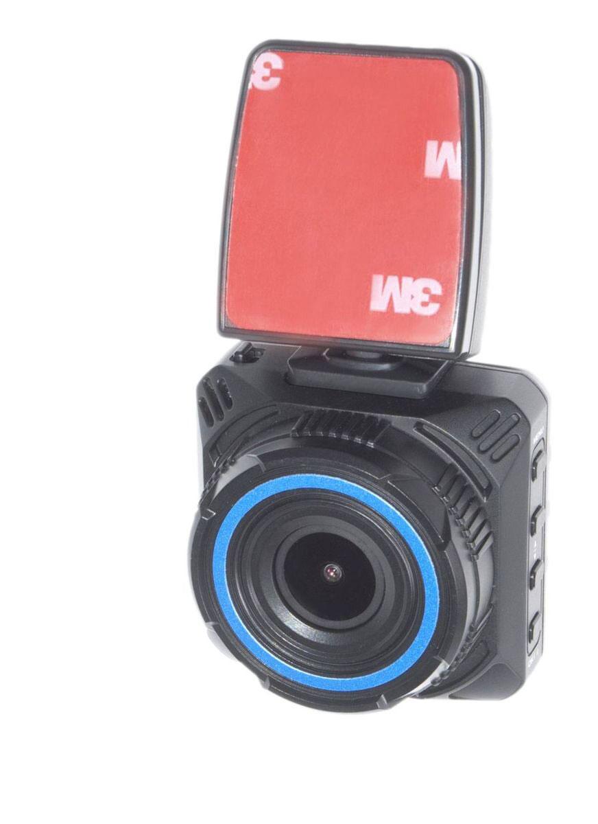 AutoExpert DVR-872, Black автомобильный видеорегистраторDVR-872Компактный видеорегистратор AutoExpert DVR-872 с качеством Full HD, снимающей ситуацию на дороге через лобовое стекло. Высококачественное видео можно посмотреть прямо в машине благодаря цветному ЖК-дисплею с диагональю 2. Удобный кронштейн входит в комплект поставки, установка на лобовое стекло занимает считанные секунды. Запись начинается автоматически, когда вы включаете зажигание автомобиля. Видео записывается файлами по 2/10/15 минут. После полного заполнения карты памяти, устройство удаляет старый файл и записывает новый (циклическая запись). Разрешение фото: 12 Мпикс Съемный держатель со встроенной батареей