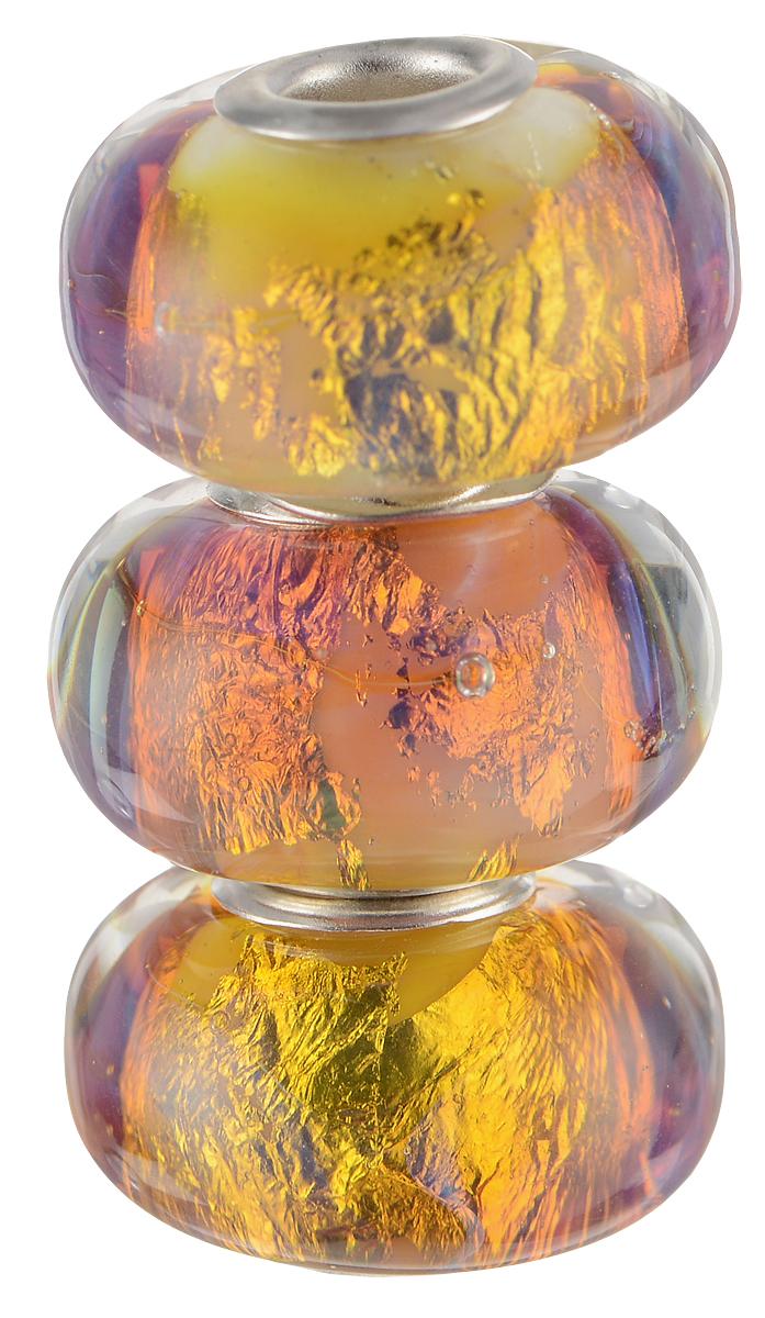 Европейские бусины Проксима Центавра, 3 штуки, цвет: сиреневый, золотой, серебряный. Ручная авторская работа. PDD008PDD008Стильные бусины ручной работы Проксима Центавра не оставят вас равнодушной, благодаря своему дизайну. Они изготовлены из стекла, а металлическая фурнитура выполнена в стиле Пандора. Этот цвет европейских бусин - буря и натиск ярчайшего огня. Лед и пламень, пространство и время, а вокруг лишь ледяная мерцающая пустота. Такие бусины помогут вам создать свои собственные яркие украшения.