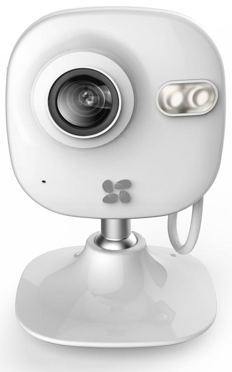 Ezviz C2 mini внутренняя Wi-Fi-камераCS-C2mini-31WFRВнутренняя Wi-Fi-камера Ezviz C2 mini снабжена светочувствительной матрицей CMOS с разрешением 1280 x 960 и поддерживает функцию WDR. Благодаря этому она может получать очень чёткое и контрастное изображение в любых условиях – в том числе при фронтальной засветке, в сумерках и при неблагоприятной погоде. В устройстве предусмотрен проводной интерфейс Ethernet и передатчик Wi-Fi. Они могут использоваться для соединения с компьютером или регистратором, а также для доступа к камере через облачный сервис. Также девайс поддерживает автономную запись на карту памяти microSD. В камере предусмотрены функции детектора движения и трансляции звука, полученного с помощью встроенного микрофона. Инфракрасные светодиоды обеспечивают отличную видимость на расстоянии до 10 метров в полной темноте. Двойное шифрование записи Простая настройка через облако Встроенный микрофон