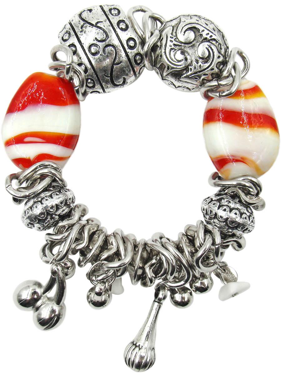 Браслет Taya, цвет: красный, белый. T-B-10338-BRAC-REDT-B-10338-BRAC-REDБраслет в стиле бохо с подвесками-шармами в виде гирек, шариков и вишенок. Выделяются два крупных стеклянных объемных красных камня с вкраплениями кипельно-белых вставок.