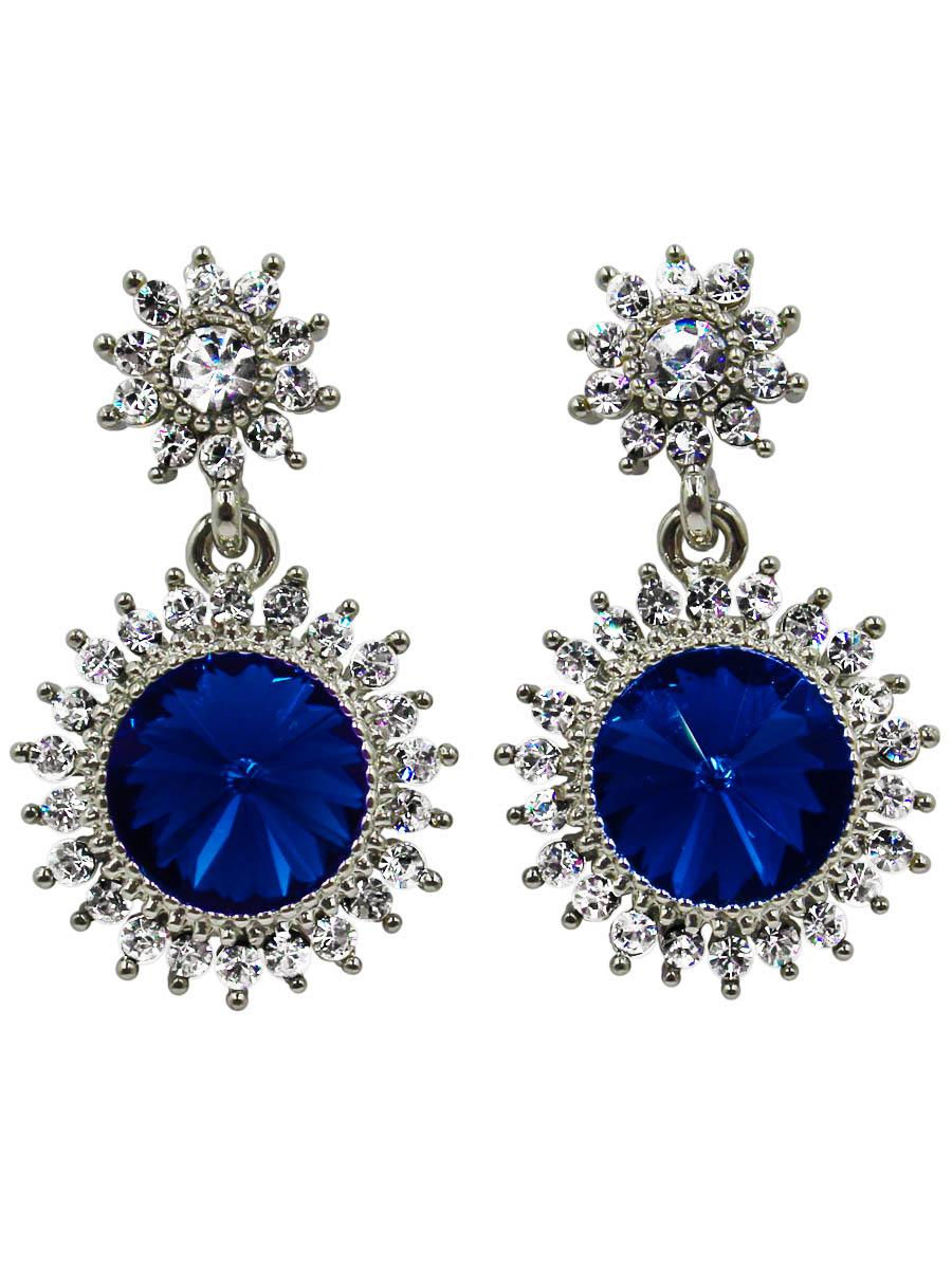 Серьги Taya, цвет: темно-синий. T-B-10766-EARR-D.BLUET-B-10766-EARR-D.BLUEСерьги-гвоздики с заглушкой металл-пластик. Два чудесных солнышка с лучиками объединены в общую композицию, кульминацией которой служит крупный синий кристалл. Размеры: длина серьги 3,0 см, ширина 1,7 см.