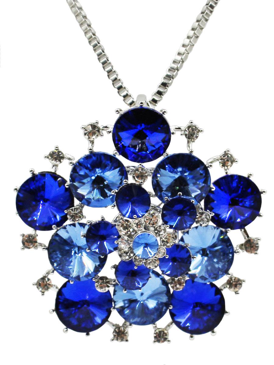 Колье Taya, цвет: серебристый, темно-синий. T-B-10872-NECK-SL.D.BLUET-B-10872-NECK-SL.D.BLUEБрошь-кулон на цепочке с удлинением. Кулон - роскошный ансамбль из конусовидных страз синих оттенков. Размеры: длина цепи 76 см + удлинение 5 см, кулон-брошь 6,0 х 6,0 см.