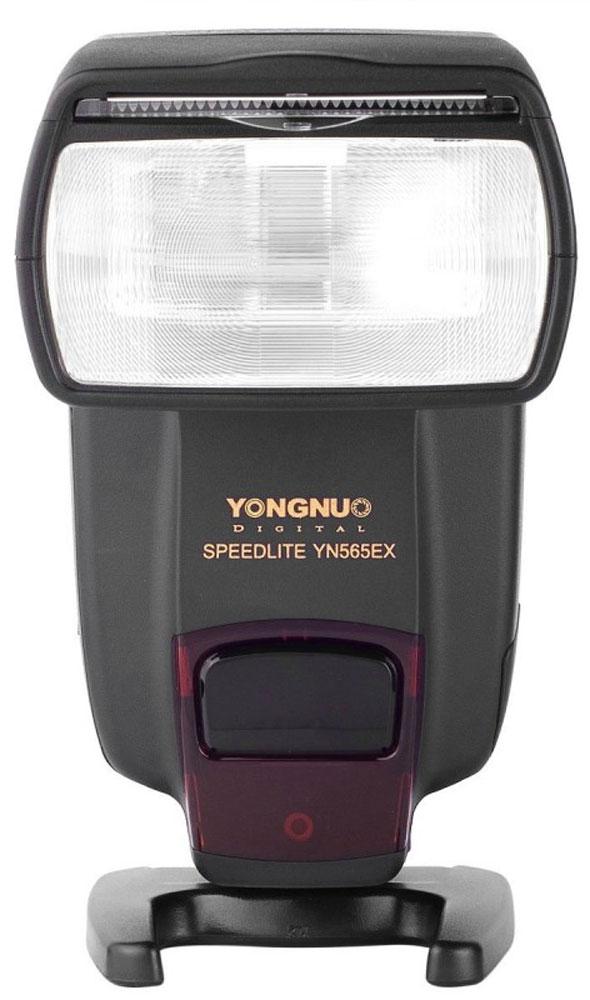 YongNuo Speedlite YN-EX вспышка для NikonYongNuo YN-EX_NikonФотовспышка Speedlite YN-EX от компании YongNuo позволит начинающим и продвинутым фотографам создавать искусственное освещение сцены для получения более качественных результатов съемки. Благодаря ведущему числу вспышки равному 58 метров (при ISO 100 и 105 мм) вы сможете создавать достаточное освещение на большом расстоянии от объекта съемки. Освещение, создаваемое этой вспышкой от YongNuo, позволит вам избавиться от цифровых шумов в кадре и значительно увеличить детализацию и контрастность снимка. Вспышка способна работать в режимах TTL, M и MULTI, поэтому вы сможете максимально гибко контролировать освещение. Модель YN-EX оснащена авто зумом, который позволяет изменять фокусное расстояние в пределах широчайшего диапазона от 24 мм до 105 мм. Конструкция вспышки имеет поворотную конструкцию: вы сможете наклонять головку в пределах от -7 до 90 градусов, а также поворачивать ее на 270 градусов.