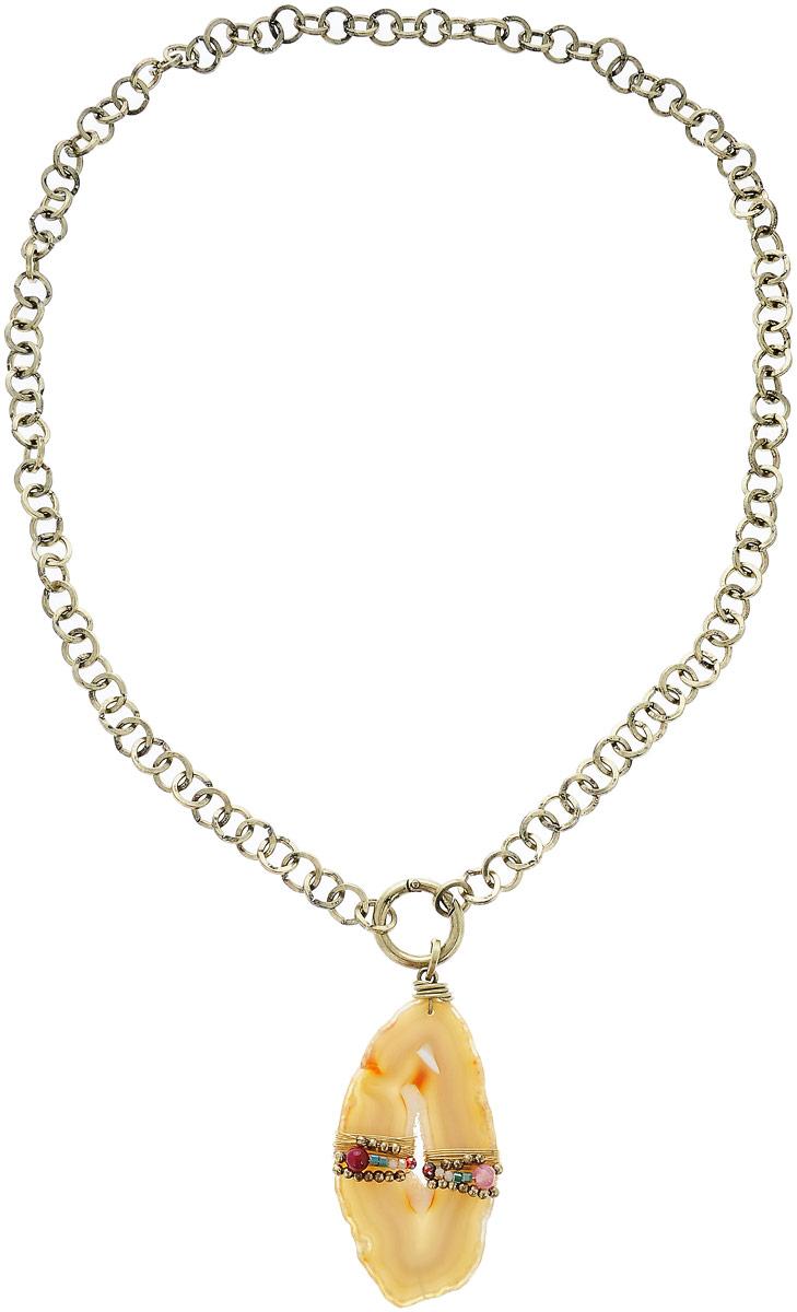 Колье Selena, цвет: золотистый, бежевый. 1010146110101461Колье Selena изготовлено из высококачественного металлического сплава и выполнено в виде цепочки. Декоративный элемент из агата выполнен в овальной форме и украшен искусственным жемчугом и кристаллами Preciosa. Изделие застегивается с помощью замка-карабина, а длина регулируется с помощью звеньев.