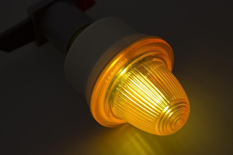 Лампа строб E27 оранжевые