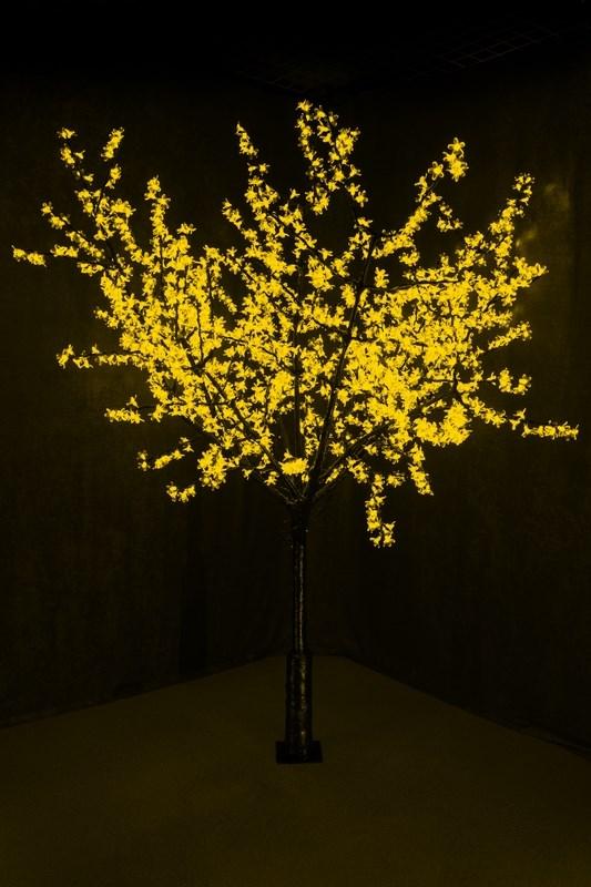 Светодиодное дерево Neon-Night Сакура, цвет: желтый, диаметр кроны 200 см, высота 240 см531-121Световое дерево Сакура светодиодное, диаметр 2,0 м, высота 2,4 м, 1728 лепестков