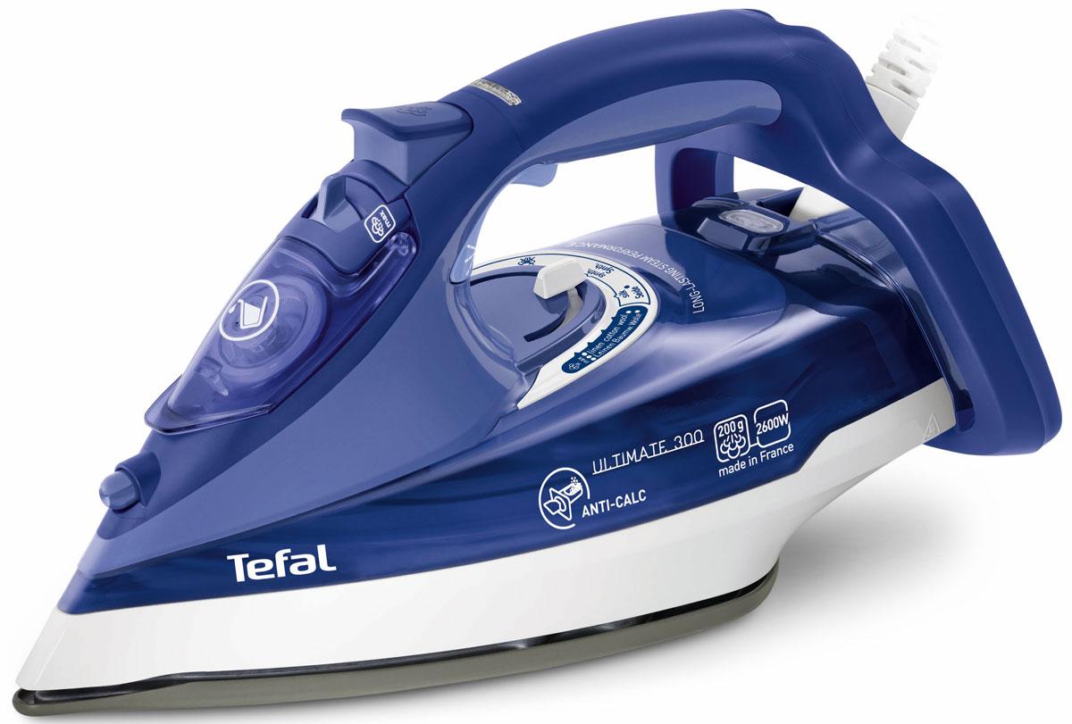 Tefal FV9630 Ultimate Anti-Calc утюгFV9630E0Качество и время глажки напрямую зависят от мощности утюга. У модели Tefal FV9630 Ultimate Anti-Calc утюг этот показатель составляет 2600 Вт. Утюг с такой же непревзойденно высокой мощностью и с такими же возможностями, обеспечивающими эффективную глажку. Паровые характеристики Tefal FV9630 обладает отличными паровыми характеристиками. Пар, подающийся с высокой скоростью, позволяет прогладить даже сильно мятые ткани в два счета, а чтобы вы смогли гладить одежду, не снимая ее с вешалок, предусмотрена функция вертикального отпаривания. Система самоочистки и защиты от накипи Tefal изобретает мощное оружие против накипи - инновационный утюг Ultimate Anti-Calc. Он имеет специальный коллектор для сбора накипи прямо внутри прибора. И всего за 3 месяца использования в нем скапливается целая ложка накипи! С новым Ultimate Anti-Calc борьба с жесткой водой больше не требует усилий: теперь накипь можно взять и выбросить. Просто выньте коллектор и...
