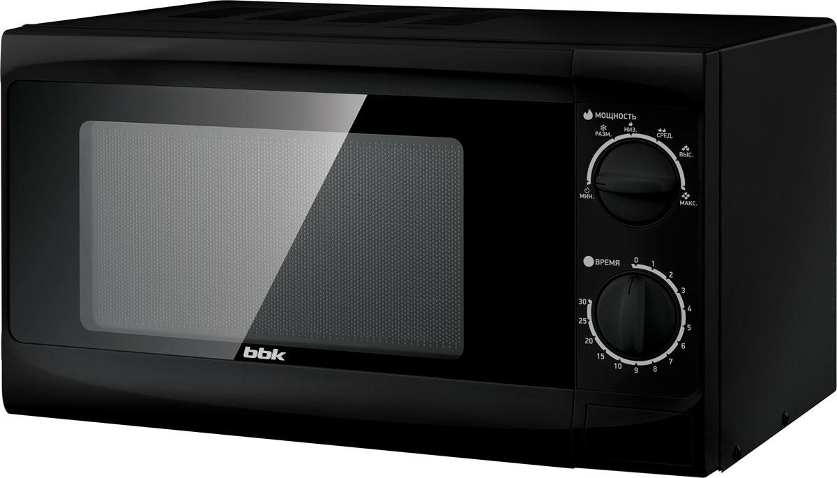 BBK 20MWS-706M/B, Black СВЧ-печь20MWS-706M/B/RUМодель BBK 20MWS-706M/B компактна и проста в своем техническом исполнении, при этом удобна, надежна и обладает всеми необходимыми параметрами. В освещаемой камере объемом 20 литров можно не только разогреть и приготовить еду, но и выполнить деликатную разморозку продуктов. Мощность микроволн составляет 700 Вт, но этот параметр можно отрегулировать, выставив один из шести уровней. Таймер рассчитан на 30 минут. Звуковой сигнал оповестит о завершении действия. Диаметр поворотного стола: 245 мм
