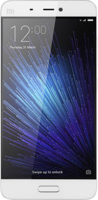 Xiaomi Mi 5 (32GB), White6954176860477Xiaomi Mi 5 демонстрирует впечатляющие показатели по сравнению с предшествующей версией: флагманский процессор Snapdragon 820 обеспечивает вдвое большую производительность, а прирост в скорости работы флеш-памяти UFS, графического процессора Adreno 530 и двухканальной оперативной памяти LPDDR4 составляет соответственно 87%, 40% и 100%. Вес смартфона составляет всего 129 граммов при наличии 5,15-дюймового экрана. Корпус имеет фигурные торцы с 3D кромкой и изогнутую стеклянную панель, которая удобно ложится в руку и обеспечивает приятные тактильные ощущения. Модель имеет четырехосный оптический стабилизатор изображения, который по сравнению с двухосным стабилизатором большинства обычных смартфонов лучше справляется с дрожанием камеры и позволяет создавать более четкие снимки при темном освещении во время движения или фотографирования одной рукой. Дисплей диагональю 5,15 дюймов оснащен 16 светодиодами, которые обеспечивают повышение яркости на 30%,...