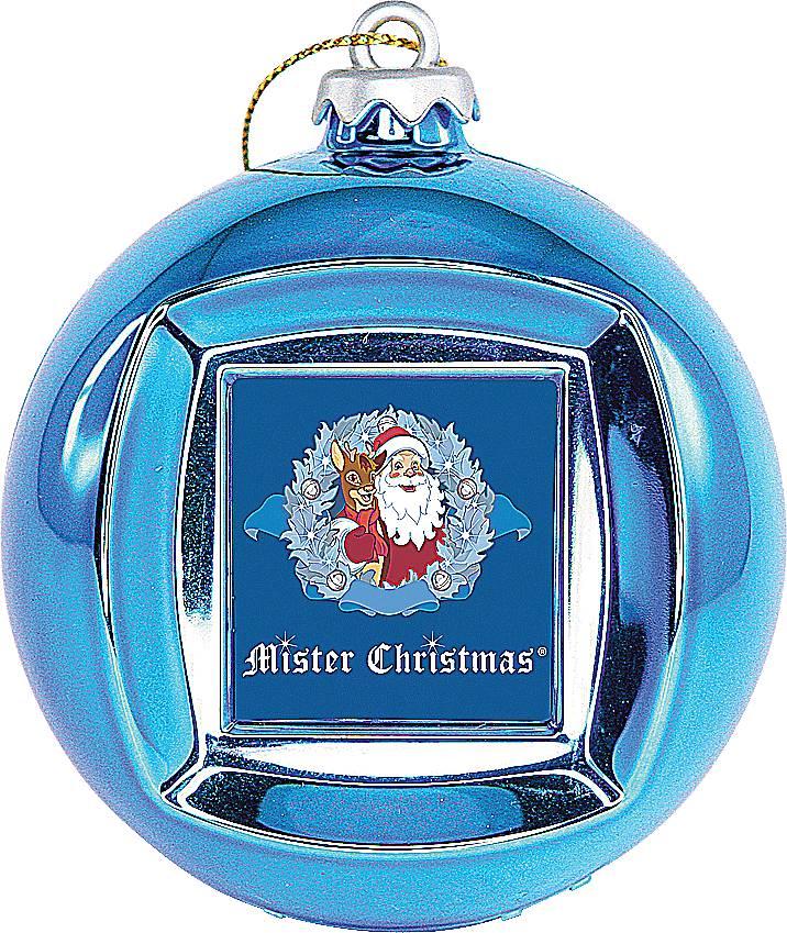 Mister Christmas FRAME BALL/2 цифровая фоторамкаFRAME BALL/2Синяя новогодняя цифровая фоторамка-шар Mister Christmas на первый взгляд выглядит как обычный стеклянный шар, такими мы украшаем новогоднюю елку. На самом же деле у этого шара есть USB-порт, с помощью которого в него можно загрузить до 100 визуальных образов в широком цветовом ряде. Так же шар-фоторамка предлагает установить время и дату. Всего 65 мм в диаметре и столько функций! Цифровая фоторамка выполнена из прочных материалов и отличается высоким качеством. Поэтому можно не переживать, что она сломается или разобьется. Этого не случится. Как елочная игрушка, красный шар украсит новогоднюю елку и будет изысканно смотреться среди других елочных украшений. Как цифровая фоторамка, шар покажет потрясающее слайд-шоу из дорогих вашему сердцу фотографий. Так же вы всегда сможете уточнить время и текущую дату. Синяя новогодняя цифровая фоторамка-шар Mister Christmas – отличный вариант символического подарка своим друзьям и коллегам по работе. К тому же...