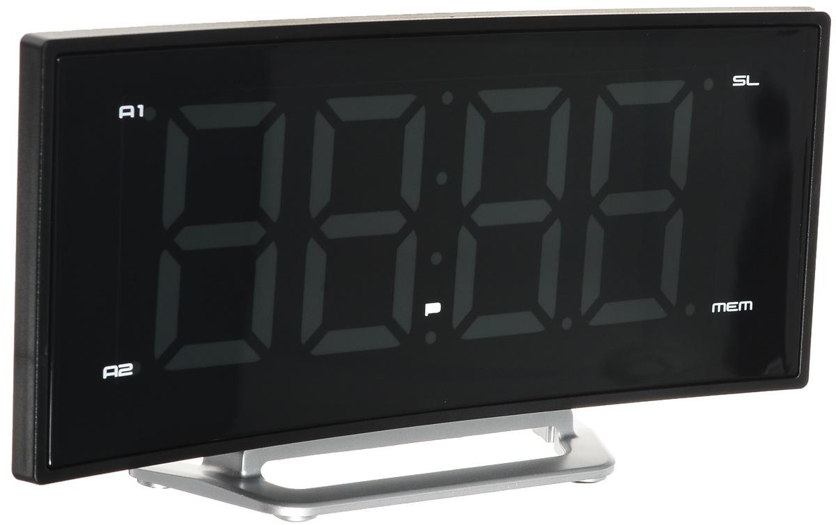 MAX CR-2906W, Black White радиобудильник4630011250673Радио-будильник MAX CR-2906G оснащен большим дисплеем, на котором отображается основная информация. Дисплей показывает крупные цифры (высота - 4,7 сантиметра), подсвечиваемые в ночное время. Яркость свечения регулируется кнопками на корпусе часов. Радио-часы способны запомнить и использовать два режима настройки будильника. Сигнал будильника считывается из внутренней памяти часов (зуммер) или из эфира FM/AМ радиостанций. MAX CR-2906G работает в режиме радиоприёмника, принимающего сигналы в FM/AМ диапазоне. В память устройства можно записать до 10 настроек на выбранные радиостанции.
