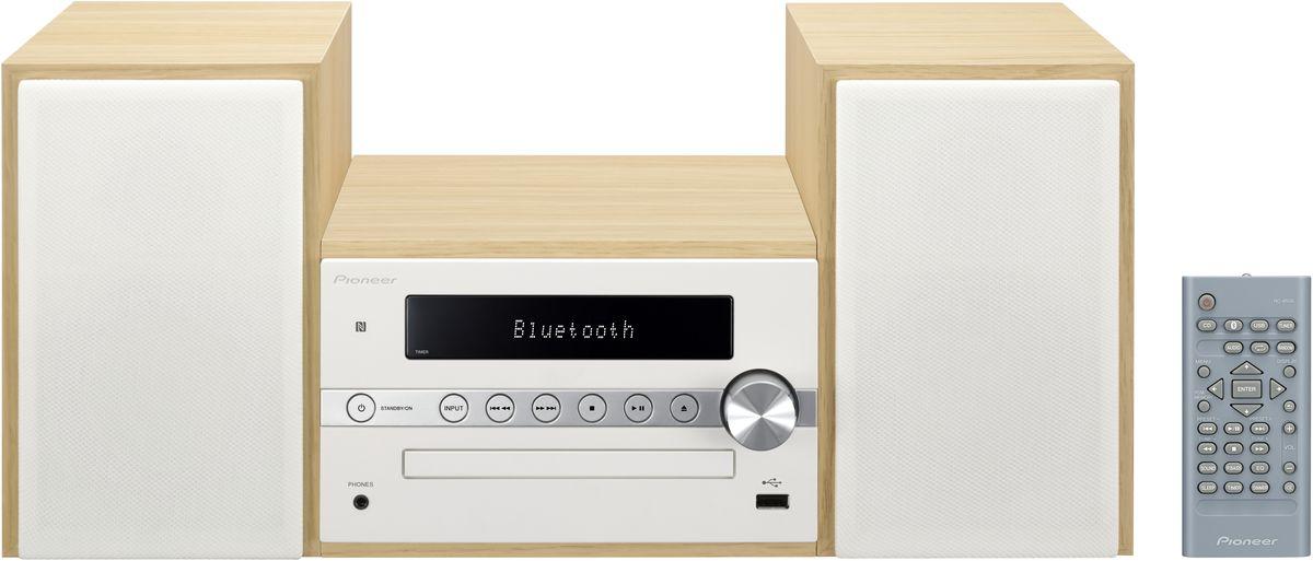 Pioneer X-CM56, White музыкальный центр1500135Система Pioneer X-CM56 достаточно небольшая, чтобы помещаться практически в любом месте, и достаточно большая, чтобы и гостиную наполнить достаточным звучанием. Интеллектуальный, навеянный скандинавскими мотивами, дизайн допускает различные варианты установки и может благодаря четырем различным цветовым сочетаниям безупречно интегрироваться в любой интерьер: наряду со стилизацией под дерево с классическими белыми и черными передними панелями, в качестве свежих штрихов на выбор представляются такие цветовые сочетания, как бук с абрикосом и бук с мятой. В музыкальном плане здесь правит разнообразие: к таким классическим источникам, как FM-радио и CD- проигрыватель, присоединились смартфоны и карты памяти, причем последние просто вставляются в USB-порт на передней панели, а первые подключаются по беспроводной сети через NFC/Bluetooth и всего лишь одним движением руки. Независимо от местоположения звучание X-CM 56 удивит вас, так как ее...