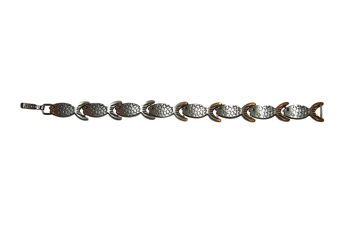 Винтажный браслет Серебряные рыбки. Белый металл. США, 1970-е годыНПО141216-11Винтажный браслет Серебряные рыбки. Белый металл. США, 1970-е годы. Длина 19 см. Ширина 1,5 см. Сохранность отличная. На внутренней стороне стоит клеймо 925.