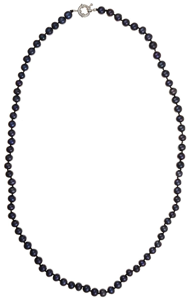 Бусы Art-Silver, цвет: синий, длина 60 см. КЖ7-8А60-562КЖ7-8А60-562Бусы Art-Silver подчеркнут изящество и непревзойденный вкус своей обладательницы. Они выполнены из бижутерного сплава и культивированного жемчуга диаметром 7 мм. Изделие оснащено удобным замком-карабином. Культивированный жемчуг — это практичный аналог природного жемчуга. Бусинки из прессованных раковин помещаются внутрь устрицы и возвращаются в воду. Когда бусины покрываются перламутром, их извлекают из моллюска. Форма жемчужины получается идеально ровной с приятным матовым блеском.