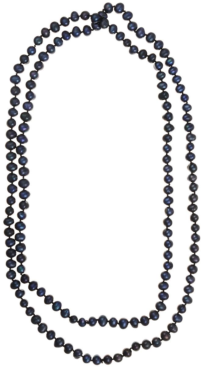 Бусы Art-Silver, цвет: синий, длина 120 см. КЖ7-8А120-1100КЖ7-8А120-1100Бусы Art-Silver подчеркнут изящество и непревзойденный вкус своей обладательницы. Они выполнены из бижутерного сплава и культивированного жемчуга диаметром 7 мм. Культивированный жемчуг - это практичный аналог природного жемчуга. Бусинки из прессованных раковин помещаются внутрь устрицы и возвращаются в воду. Когда бусины покрываются перламутром, их извлекают из моллюска. Форма жемчужины получается идеально ровной с приятным матовым блеском.