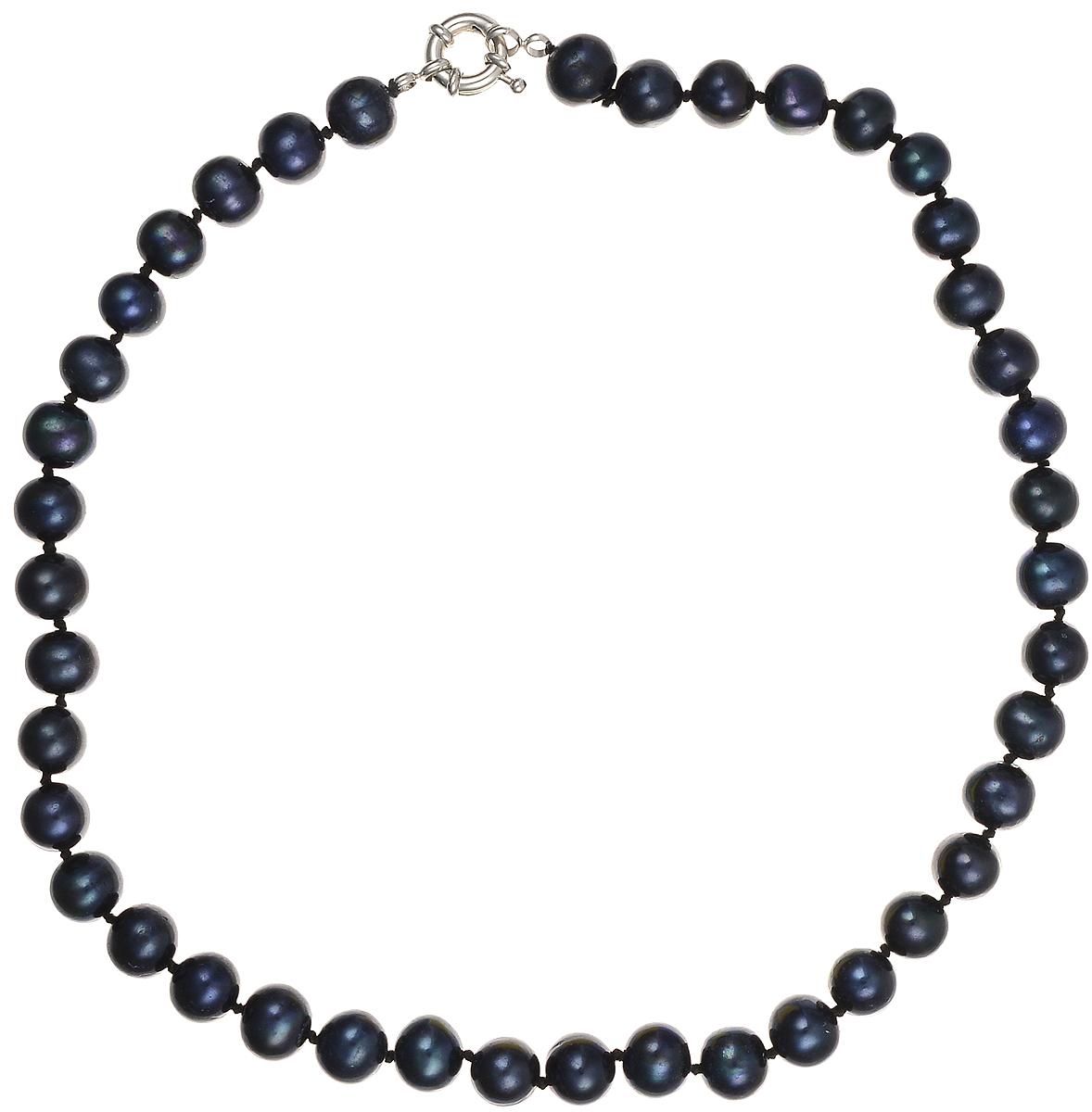 Бусы Art-Silver, цвет: синий, длина 45 см. КЖ9-10АА45-1173КЖ9-10АА45-1173Бусы Art-Silver подчеркнут изящество и непревзойденный вкус своей обладательницы. Они выполнены из бижутерного сплава и культивированного жемчуга диаметром 9 мм. Изделие оснащено удобным замком-карабином. Культивированный жемчуг - это практичный аналог природного жемчуга. Бусинки из прессованных раковин помещаются внутрь устрицы и возвращаются в воду. Когда бусины покрываются перламутром, их извлекают из моллюска. Форма жемчужины получается идеально ровной с приятным матовым блеском.