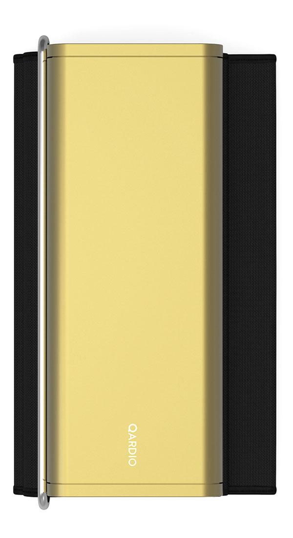Qardio Прибор цифровой для измерения давления QardioArm Gold (A100-IGO)A100-IGOQardioArm - это изящный умный монитор артериального давления, транслирующий измерения давления и пульса на ваш смартфон на базе iOS или Android, используя беспроводной стандарт Bluetooth Smart. В связке с функциональным и качественно локализованным мобильным приложением QardioArm - это идеальный спутник для людей, тщательно следящих за состоянием своего здоровья. Компактный минималистичный дизайн, беспроводная синхронизация, совместимость с Apple Health, S Health и другими экосистемными решениями, специальные режимы для релаксации и более точных измерений, возможность автоматически отправлять данные вашему лечащему врачу и членам семьи - эти ключевые преимущества делают QardioArm самым удобным решением в сравнении с другими цифровыми тонометрами. Высокая точность измерений QardioArm измеряет ваше систолическое и диастолическое давление, пульс, и отслеживает наличие аритмии. Высокой точности монитора артериального давления QardioArm доверяют профессионалы. В отдельных случаях вы...