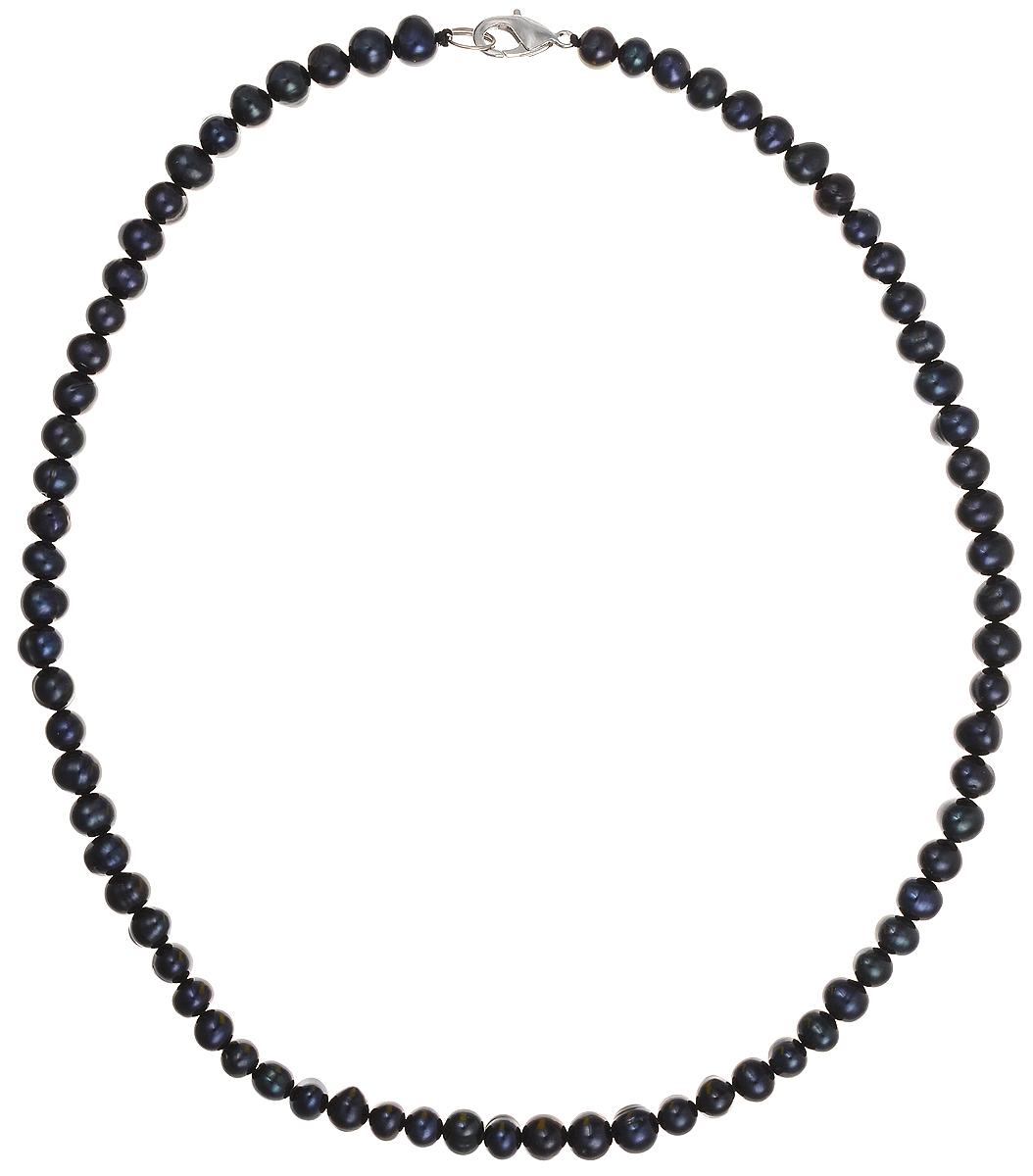 Бусы Art-Silver, цвет: синий, длина 45 см. КЖ7-8АА45-855КЖ7-8АА45-855Бусы Art-Silver подчеркнут изящество и непревзойденный вкус своей обладательницы. Они выполнены из бижутерного сплава и культивированного жемчуга диаметром 7 мм. Изделие оснащено удобным замком-карабином. Культивированный жемчуг - это практичный аналог природного жемчуга. Бусинки из прессованных раковин помещаются внутрь устрицы и возвращаются в воду. Когда бусины покрываются перламутром, их извлекают из моллюска. Форма жемчужины получается идеально ровной с приятным матовым блеском.
