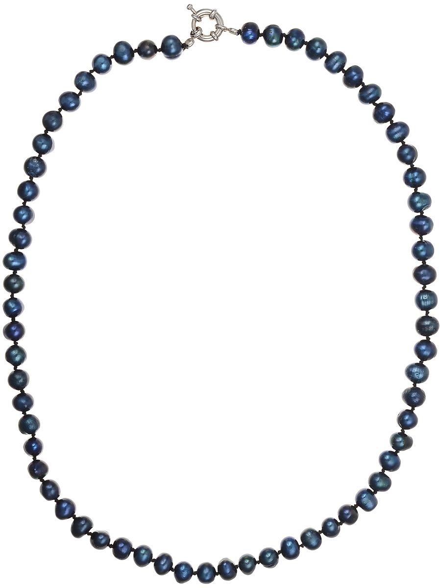 Бусы Art-Silver, цвет: синий, длина 50 см. КЖ7-8А+50-587КЖ7-8А+50-587Бусы Art-Silver подчеркнут изящество и непревзойденный вкус своей обладательницы. Они выполнены из бижутерного сплава и культивированного жемчуга диаметром 6 мм. Изделие оснащено удобным замком-карабином. Культивированный жемчуг - это практичный аналог природного жемчуга. Бусинки из прессованных раковин помещаются внутрь устрицы и возвращаются в воду. Когда бусины покрываются перламутром, их извлекают из моллюска. Форма жемчужины получается идеально ровной с приятным матовым блеском.