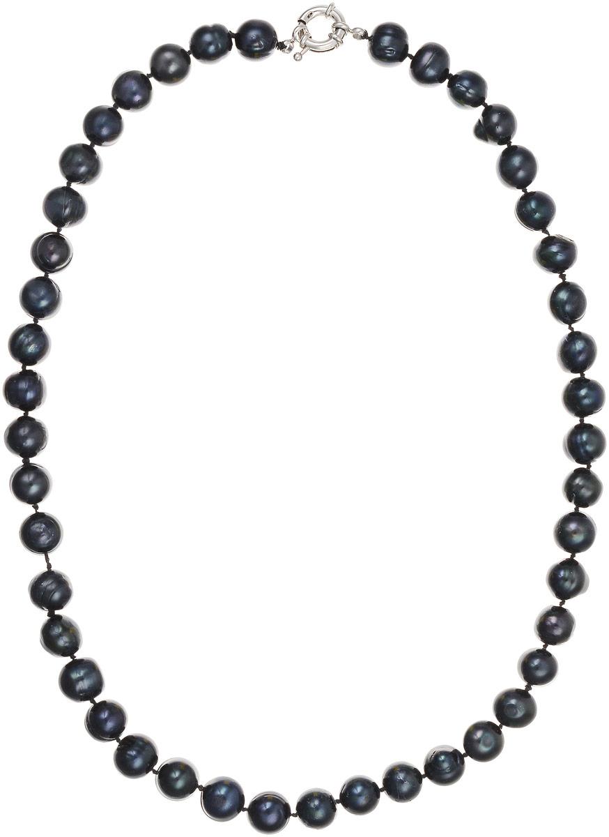 Бусы Art-Silver, цвет: черно-синий, длина 50 см. КЖ11-12А50-757КЖ11-12А50-757Бусы Art-Silver выполнены из культивированного жемчуга, нанизанного на текстильную нить. Украшение застегивается на практичный шпренгельный замок. Крупные бусины диаметром 11 мм из натурального культивированного жемчуга благородного черного цвета с синим отливом имеют слегка неоднородную форму, что подчеркивает естественное происхождение жемчужин.