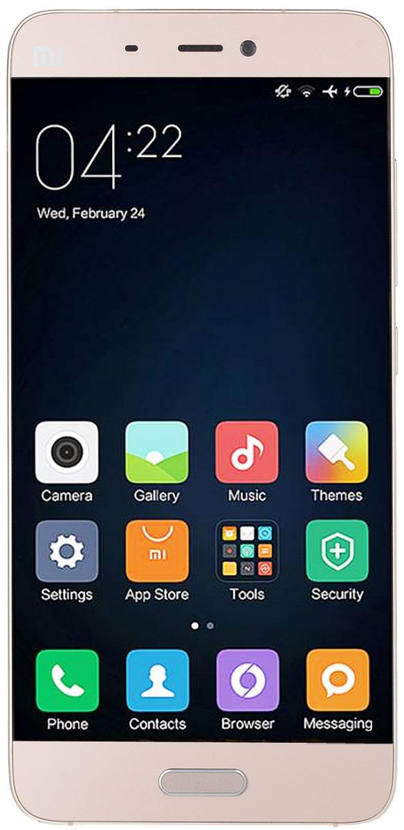 Xiaomi Mi 5 (32GB), Gold6954176847201Xiaomi Mi 5 демонстрирует впечатляющие показатели по сравнению с предшествующей версией: флагманский процессор Snapdragon 820 обеспечивает вдвое большую производительность, а прирост в скорости работы флеш-памяти UFS, графического процессора Adreno 530 и двухканальной оперативной памяти LPDDR4 составляет соответственно 87%, 40% и 100%. Вес смартфона составляет всего 129 граммов при наличии 5,15-дюймового экрана. Корпус имеет фигурные торцы с 3D кромкой и изогнутую стеклянную панель, которая удобно ложится в руку и обеспечивает приятные тактильные ощущения. Модель имеет четырехосный оптический стабилизатор изображения, который по сравнению с двухосным стабилизатором большинства обычных смартфонов лучше справляется с дрожанием камеры и позволяет создавать более четкие снимки при темном освещении во время движения или фотографирования одной рукой. Дисплей диагональю 5,15 дюймов оснащен 16 светодиодами, которые обеспечивают повышение яркости на 30%,...