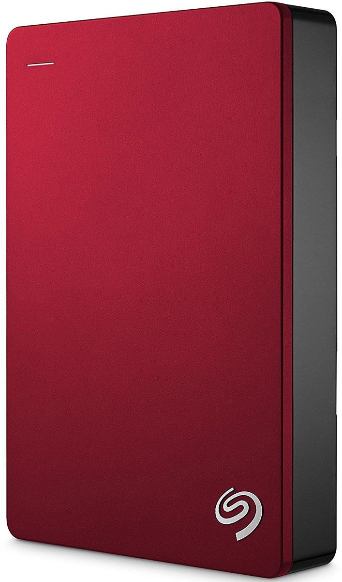 Seagate Backup Plus Portable 5TB USB 3.0, Red внешний жесткий диск (STDR5000203)STDR5000203Внешний жесткий диск сочетает в себе мобильность переносного устройства и высокую емкость жесткого диска для настольных ПК. На этом диске с обтекаемым металлическим корпусом можно хранить до 5ТБ данных - вдвое больше, чем на 2.5-дюймовых портативных дисках. Ваши фильмы, музыка и фотографии всегда будут с вами - где бы вы ни находились. Поддержка интерфейса USB 3.0 для высокоскоростной передачи данных позволяет мгновенно подключиться к настольному ПК без дополнительного блока питания. Установите предварительно загруженный драйвер NTFS для Маc и используйте этот диск сразу в двух ОС - Windows и Маc - без переформатирования. Программное обеспечение Seagate Dashboard позволяет сохранять резервные копии данных с локальных компьютеров, мобильных устройств, облачных хранилищ и социальных сетей. Создать резервную копию и защитить файлы - проще простого. Достаточно лишь нажать на кнопку. Портативный диск Backup Plus также поддерживает автоматическое...