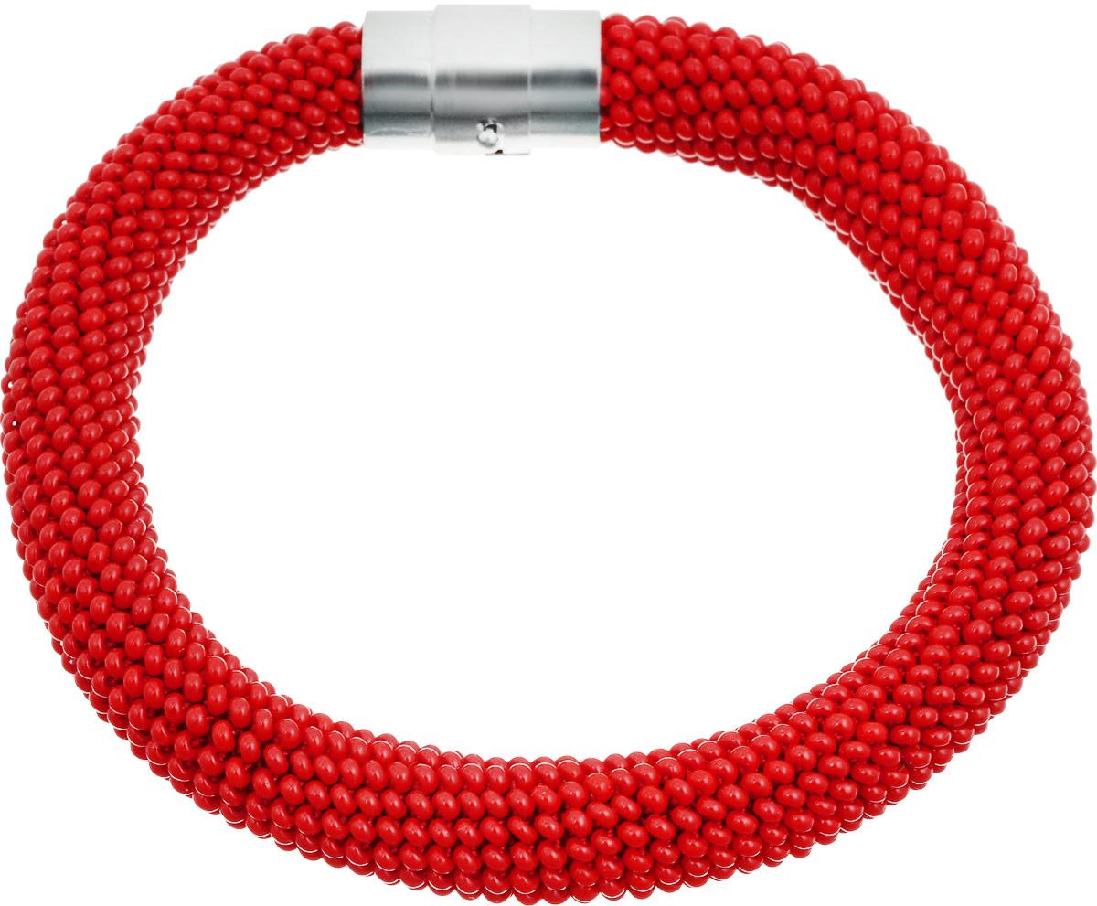 Браслет Ульянка (бисер), цвет: красный. Ручная авторская работа. БУ93210БУ93210Браслет Ульянка ручной работы изготовлен из пластика и текстиля. Изделие связано из бисера и застегивается с помощью магнита с фиксатором.