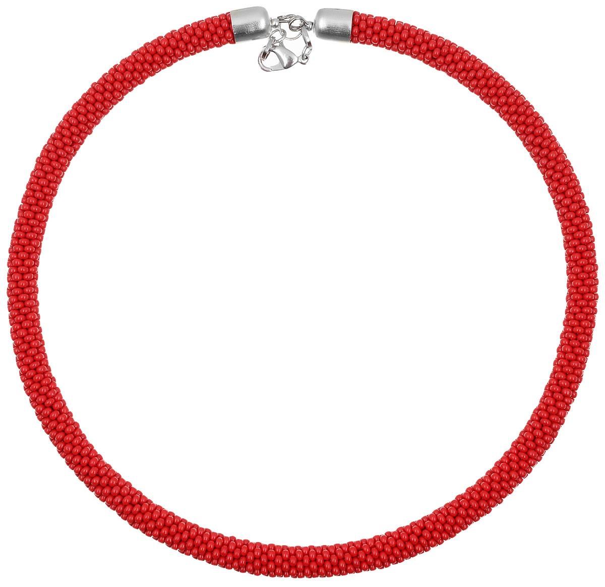 Чокер (бисер), цвет: красный. Ручная авторская работа. Ch93210Ch93210Чокер ручной работы изготовлен из пластика и текстиля. Изделие связано из бисера и имеет жесткую основу. Чокер застегивается с помощью замка-карабина, а длина регулируется с помощью звеньев.