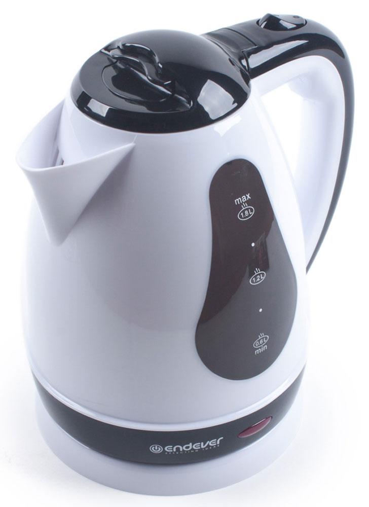 Endever KR-352 электрочайникKR-352Электрический чайник Endever KR-352 прост в управлении и долговечен в использовании. Изготовлен из высококачественных материалов и имеет эргономичную ненагревающуюся ручку. Прозрачное окошко позволяет определить уровень воды. Мощность 2100 Вт способна вскипятить 1,8 литра воды в считанные минуты. Беспроводное соединение обеспечивает вращение чайника на подставке на 360°. Для безопасности при повседневном использовании предусмотрены функция автовыключения, а также защита от включения при отсутствии воды.