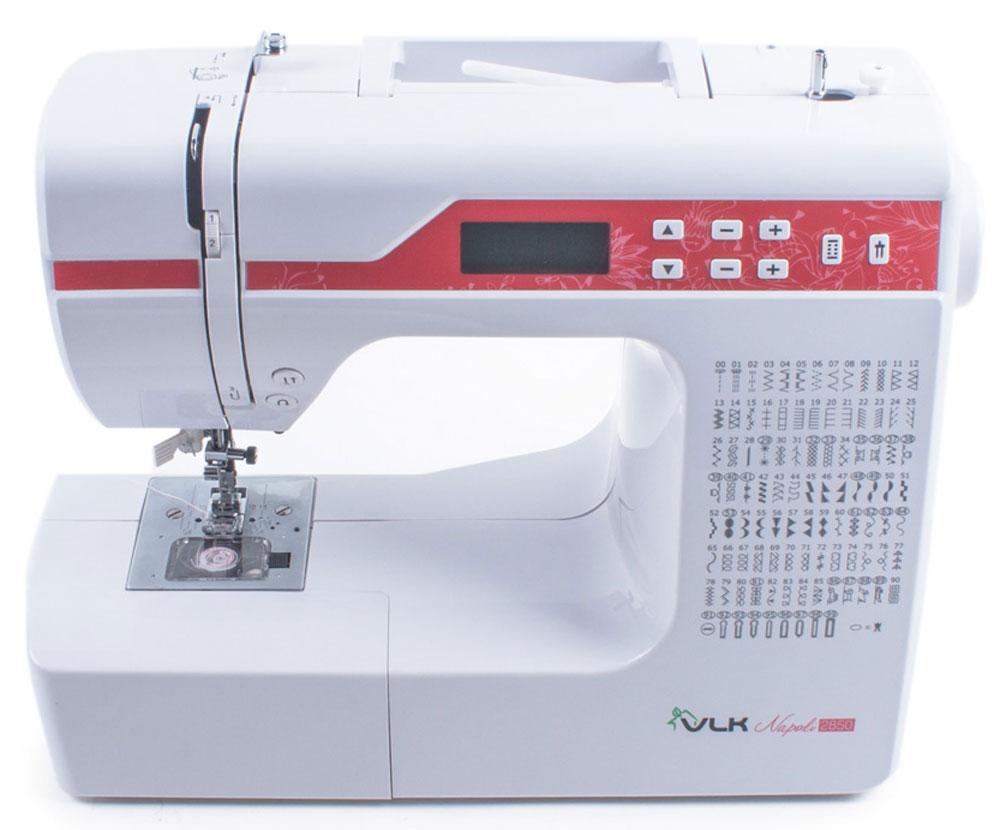 VLK Napoli 2850 швейная машинкаVLK Napoli 2850Швейная машина VLK Napoli 2850 способна выполнять 169 видов строчки, в том числе 69 видов для двойной строчки. Большим преимуществом также является возможность обработка эластичных тканей. Переключением операций управляет электронный блок, соответственно машина оснащена большим рядом швейных операций и возможностей, таких как – подъем и опускание иглы одной кнопкой, выбор типа стежка быстрым переключением, реверс хода машины одной кнопкой и многое другое. Выбранные функции отображаются на дисплее – тип шва, длина и ширина стежка, вид используемой лапки, иглы (обычная / двойная). Обработка петель для пуговиц доступна в 8 вариантах в автоматическом режиме. Полный комплект аксессуаров позволит более комфортно использовать машину для шитья: имеются все виды лапок (для пришивания пуговиц, обработки петель, пришивания молний, для потайной строчки, декоративных строчек), распарыватель, несколько видов отверток, масленка, щеточка для...