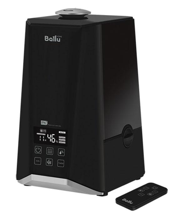 Ballu UHB-1000 ультразвуковой увлажнитель воздухаНС-1073557Увлажнитель Ballu UHB-1000 предназначен для поднятия уровня влажности воздуха в помещении. Комфортные условия достигаются при относительной влажности воздуха от 40 % до 60 %. Процесс увлажнения воздуха в увлажнителе построен по принципу ультразвукового испарения. Вода, попадая в камеру парообразования, под воздействием ультразвука расщепляется на мельчайшие капли. Микроскопические капли образуют своеобразное облако пара, сквозь которое вентилятор малой мощности прогоняет наружный воздух, подавая пар в помещение. Недостаток влажности воздуха в помещении приводит к высыханию слизистых оболочек, что в свою очередь является причиной растрескивания губ и жжения в глазах, способствует распространению инфекций и заболеваниям дыхательных путей, вызывает утомление, приводит к повышенной усталости глаз и ухудшению концентрации внимания, отрицательно влияет на состояние домашних животных и комнатных растений, приводит к усилению пылеобразования...