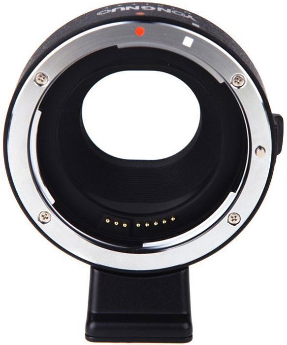 YongNuo переходное кольцо EF-EOS M (Canon EF - Canon EOS M) с автофокусомEF EOS-MПереходник YongNuo EF-EOS M позволит вам использовать объективы линеек Canon EF и EF-S с вашей цифровой беззеркальной камерой линейки Canon EOS-M, которая оснащена байонетом EF-M. Этот переходник обеспечивает полноценную работу таких функций объектива, как система оптической стабилизации изображений и автофокус. Съемный адаптер для штатива позволит с большим комфортом использовать мощные и громоздкие телезум-объективы.