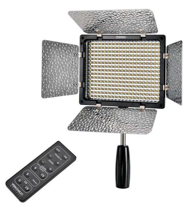 YongNuo LED YN-300II осветитель светодиодный для фото и видеокамер с дуYN-300IIНакамерный светодиодный свет Yongnuo YN-300II оснащен 300 яркими светодиодами, которые выдают потрясающе яркое освещение даже при низкой мощности. Этот великолепный осветительный прибор обеспечит ваши сцены достаточным количеством света, благодаря чему фотографии и видеоролики будут иметь больше деталей и меньше шумов в кадре. Максимальный угол освещения составляет целых 55 градусов, что позволяет осветить приличную часть сцены с помощью одного лишь Yongnuo YN-300II. Одним из основных преимуществ этого накамерного света является возможность изменения цветовой температуры в широчайшем диапазоне от 3200К до 5500К. С помощью этой функции вы сможете создавать различные цветовые эффекты на свой вкус. В комплекте к этому накамерному свету YN-300II от компании Yongnuo вы получите пульт дистанционного управления, работа которого основана на передаче инфракрасного излучения. Этот пульт позволит вам удаленно (до 8 метров) управлять питанием и яркостью вашего накамерного света....