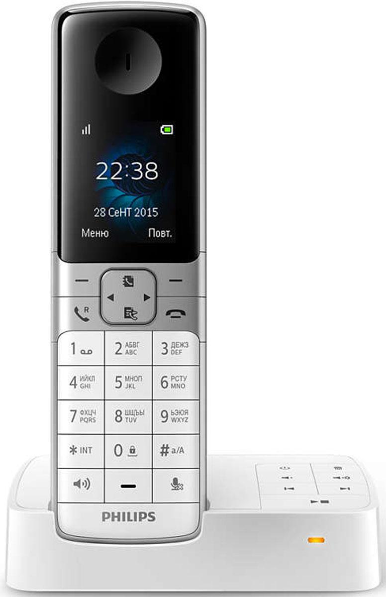 Philips D6351W/51 радиотелефон4895185619422Оцените изысканный дизайн и высокое качество беспроводного телефона Philips D635 — он оснащен большим полноцветным дисплеем, автоответчиком, настройками конфиденциальности, радионяней и многими другими функциями. Иногда перед ответом хочется знать, кто звонит. Идентификатор входящего вызова позволяет отслеживать, кто находится на другом конце линии. Телефоны Philips отличаются высокой энергоэффективностью, что снижает негативное воздействие на окружающую среду. В режиме ECO уровень излучения уменьшается на 60 %, а во время зарядки — на 95 %. В режиме ECO+ уровень излучения снижается до нуля. Вы можете заблокировать вызовы с некоторых номеров (или начинающиеся с определенных цифр), занеся их в черный список. Можно заблокировать 4 набора чисел. Функция анонимных вызовов позволяет заблокировать звонки со скрытых номеров, которые зачастую используются рекламщиками, и телефон не будет воспроизводить сигнал, чтобы не беспокоить вас. Чтобы...