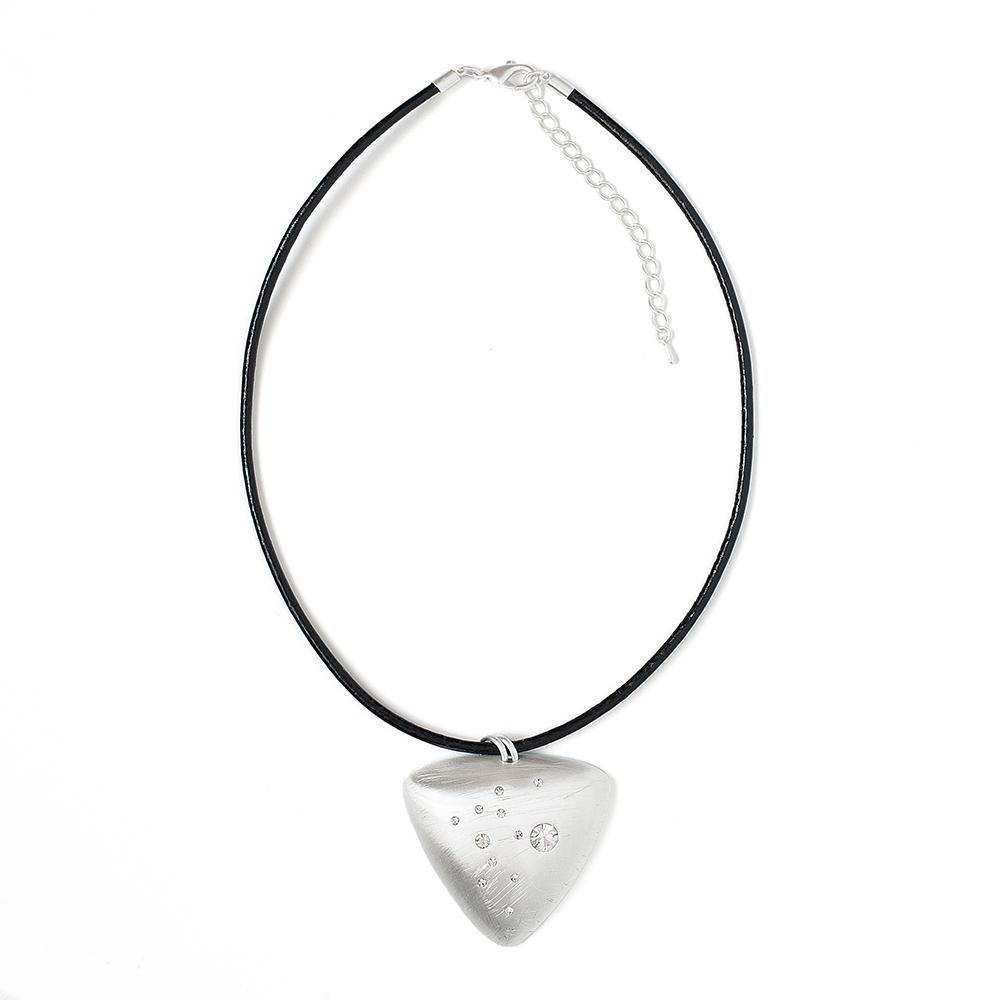 Колье Selena, цвет: белый, черный. 1010478110104781Латунь, кристаллы Preciosa. Гальваническое покрытие: матовый родий., длина колье 45-52 см длина размер кулона 5 см