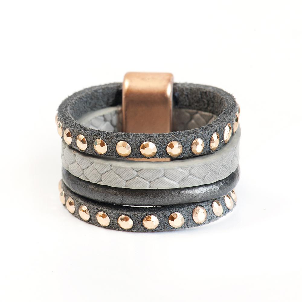 Кольцо Selena, цвет: серый. 60026257. Размер 1760026257Натуральная кожа, латунь. Гальваническое покрытие матовое золото., размер Кольцо 17