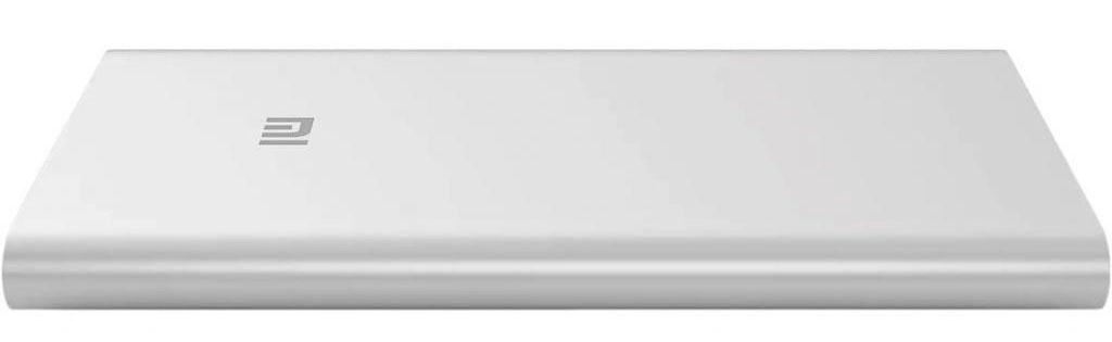 Xiaomi Power Bank-2, Silver внешний аккумулятор (10000 мАч)VXN4182CNXiaomi Power Bank 2 10000 mAh - это внешний аккумулятор, корпус которого выполнен из анодированного алюминия. Он обладает весьма компактными размерами: его толщина составляет всего лишь 14 миллиметров. Xiaomi Power Bank обладает индикатором заряда, выполненным в виде четырех светодиодов. Поддержка технологии Qualcomm Quick Charge обеспечивает полную зарядку аккумулятора примерно за 6-7 часов. Особенности: Компактность и высокая производительность Технология быстрой зарядки Qualcomm Quick Charge Светодиодный индикатор заряда Совместимость с широким спектром устройств Корпус из анодированного алюминия Технические характеристики Разъемы и интерфейсы USB Type A, MicroUSB Ёмкость аккумулятора от 5000 до 10000 мАч Количество выходов для зарядки 1 Материал корпуса Алюминий Цвет Черный Высота, мм 130 Ширина, мм 71 Глубина, мм 14.1 Вес, кг 0.217 Комплектация: Аккумулятор Кабель Документация Дополнительная информация: Тип: внешний аккумулятор Емкость: 10000 мАч Тип: Li-Ion ...