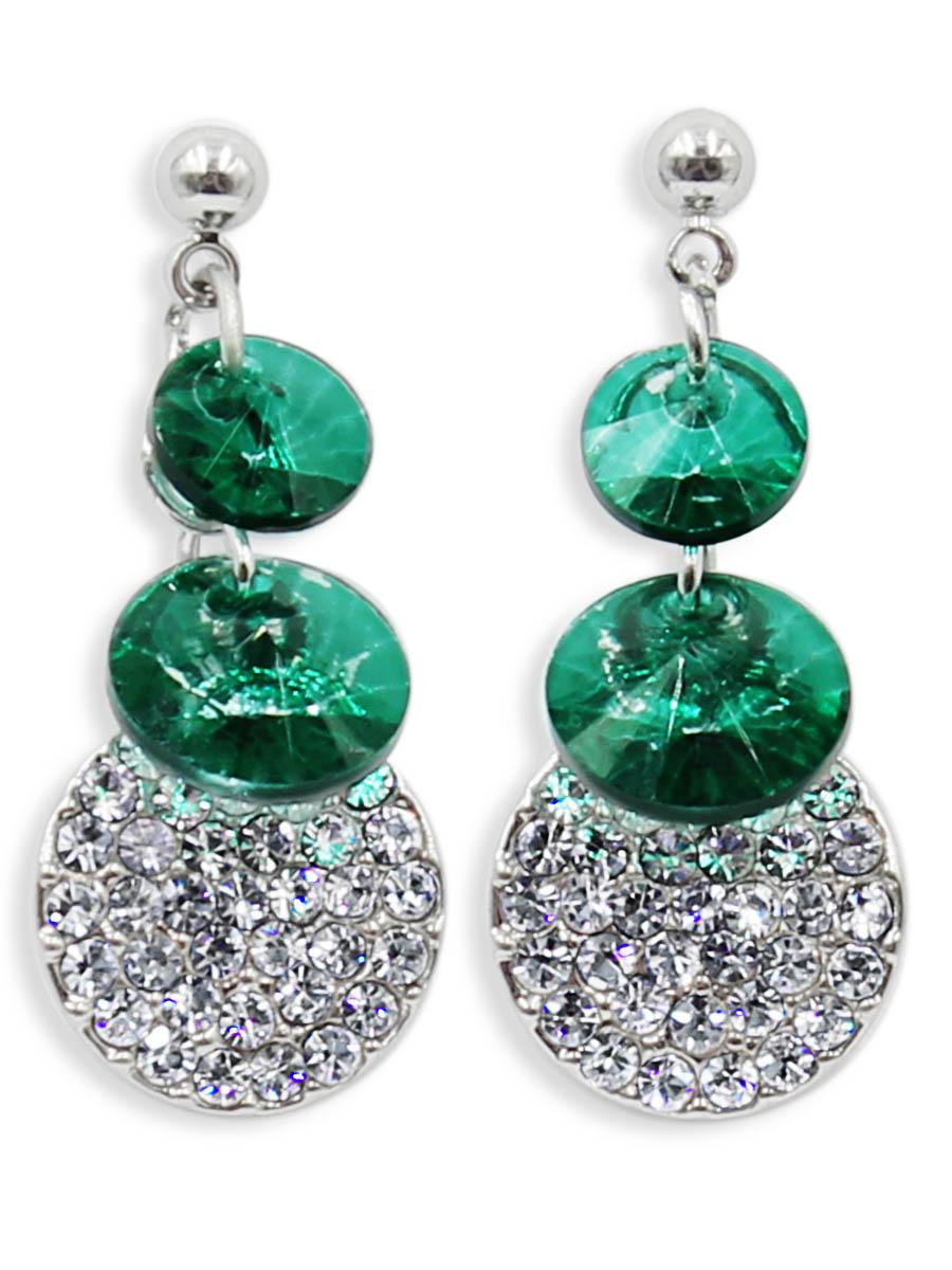 Серьги Taya, цвет: серебристый, зеленый. T-B-12475T-B-12475-EARR-SL.GREENСерьги-гвоздики с заглушкой металл-пластик изготовлены из гипоаллергенного бижутерного сплава. Миленькие сережки с двумя плоскими ласково- зелеными кристаллами. Дополнены круглой пластиной с выкладкой из страз.