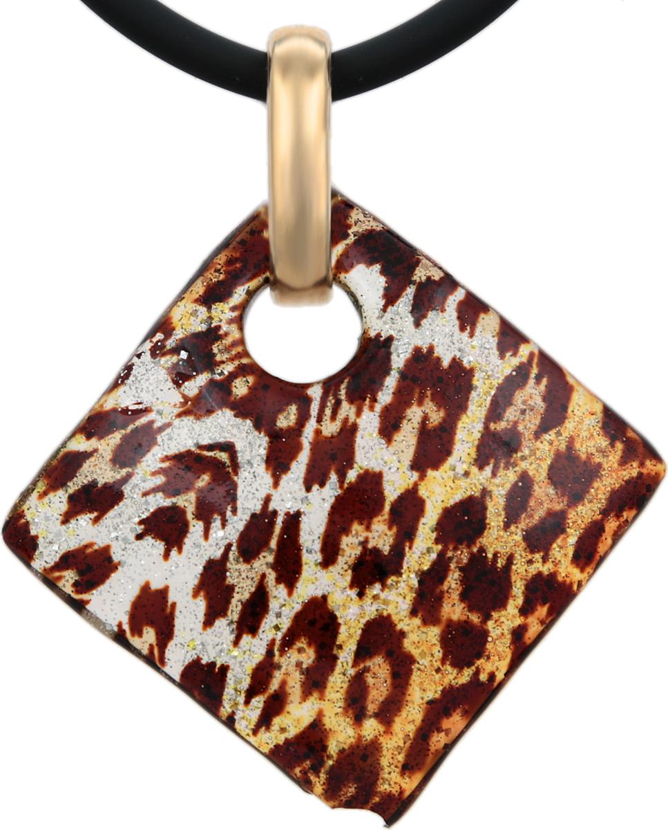 79 Кулон на шнурке Золотой леопард. Муранское стекло, шнурок из каучука, ручная работа. Murano, Италия (Венеция)pokka-3827-96-1Кулон на шнурке Золотой леопард. Муранское стекло, шнурок из каучука, ручная работа. Murano, Италия (Венеция). Размер: Кулон - 3 х 3 см. Шнурок - полная длина 45 см. Каждое изделие из муранского стекла уникально и может незначительно отличаться от того, что вы видите на фотографии