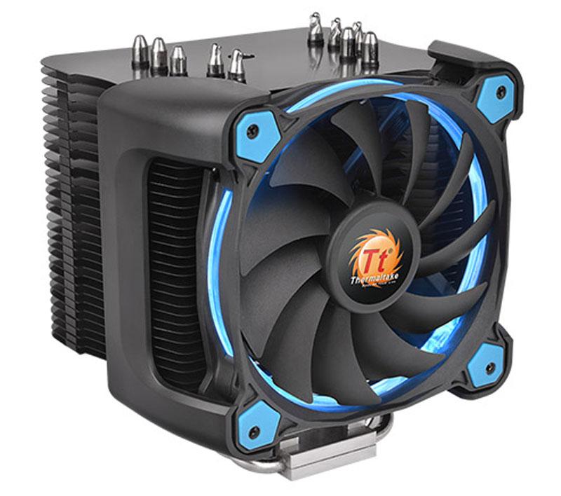 Thermaltake Riing Silent 12 Pro, Blue кулер компьютерныйCL-P021-CA12BU-AКулер Thermaltake Riing Silent 12 Pro имеет башенный дизайн с узкими пластинами радиатора. Это позволяет добиться большего пространства вокруг процессорного разъема для установки высокопроизводительных оверклокерских модулей оперативной памяти. Специально спроектированный 120 мм охлаждающий вентилятор с ШИМ управлением скорости вращения 11 лопастей имеет высокую эффективность и низкий уровень шума. Также Riing Silent 12 Pro имеет стильную запатентованную подсветку в виде светящегося кольца. Уникальный 120 мм вентилятор с ШИМ управлением скорости вращения крыльчатки с 11 лопастями обеспечивает идеальный баланс между уровнем шума и эффективностью охлаждения. ШИМ управление позволяет материнской плате самой задавать скоростью работы вентилятора в зависимости от нагрузки и температуры CPU. Для дополнительной оптимизации охлаждения, с внутренней стороны рамы вентилятора имеется специальный выступ, позволяющий направить часть воздушного потока в середину...