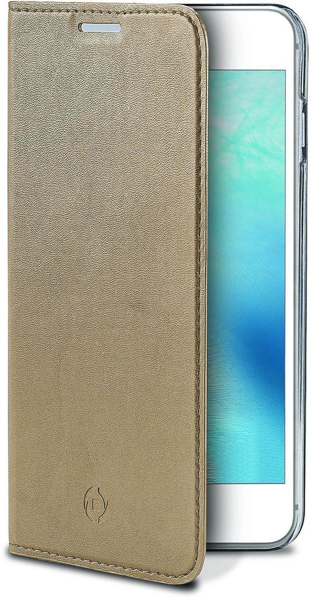 Celly Air Case, Gold чехол для Apple iPhone 7AIR800GDЧехол-книжка Celly Air Case для Apple iPhone 7 выполнен из высококачественных материалов и практически не увеличивает размер устройства. А благодаря его удобной конструкции все функциональные кнопки и разъемы остаются свободными. Чехол надежно защитит ваш аппарат от царапин и сколов, механических повреждений, а также позволит хранить кредитные карты или визитки в специально отведенном кармашке. Крышка может использоваться как подставка под устройство для удобного просмотра видео.