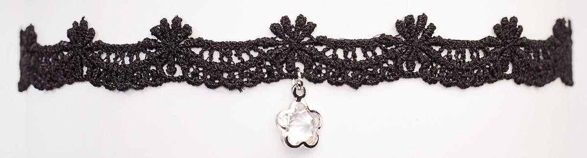 Чокер Bradex Элен, цвет: черный. AS 0082AS 0082Bradex Чокер Элен - ненавязчивое украшение в классическом стиле, выполненное в виде черного кружева с ажурным плетением, плотно обхватывающего шею. По центру расположен прозрачный кристалл-подвеска.