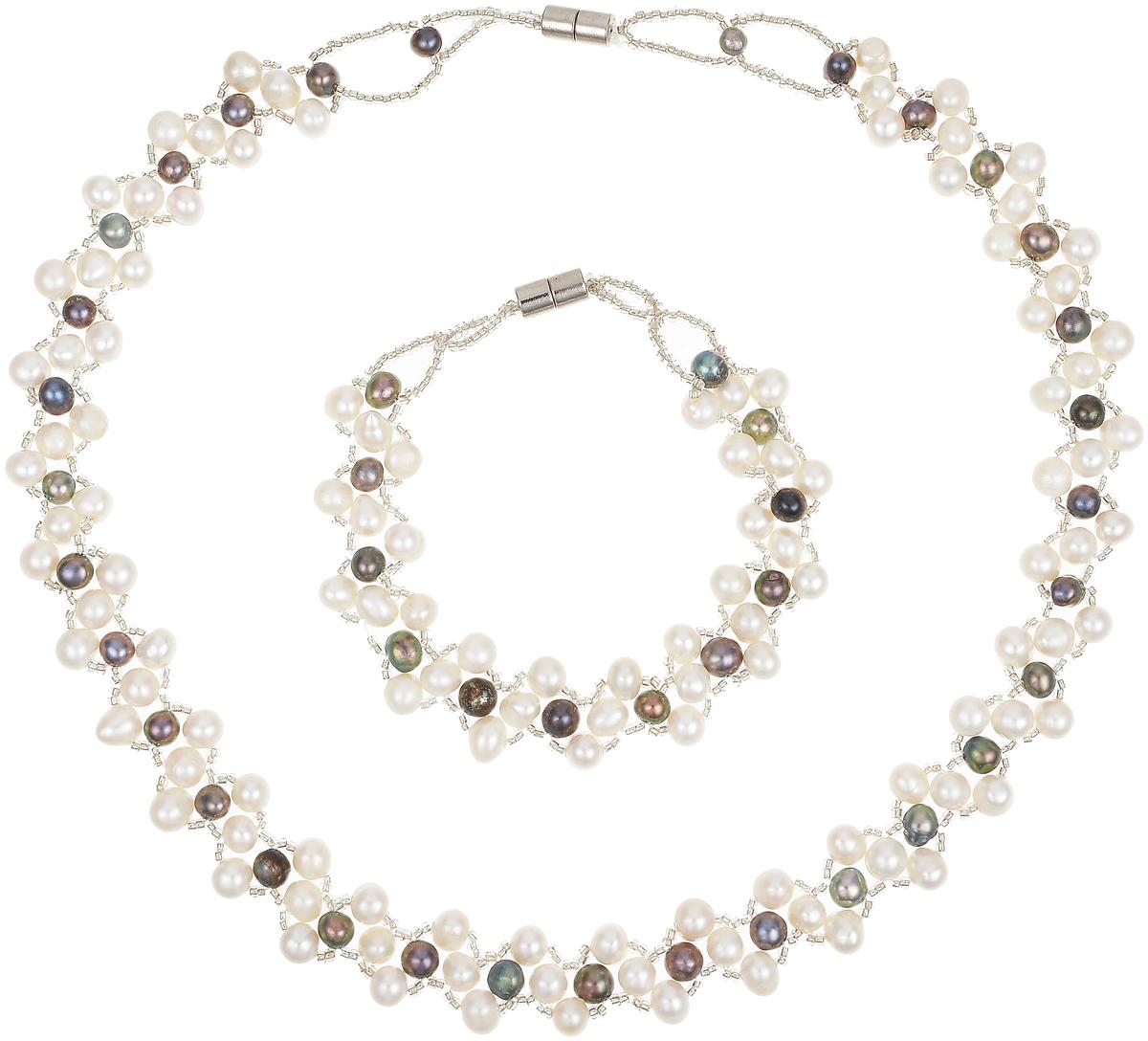 Комплект бижутерии Art-Silver: ожерелье, браслет, цвет: серый. N063-725N063-725Великолепный комплект бижутерии Art-Silver состоит из оригинального ожерелья и браслета. Изделия выполнены из бижутерного сплава, жемчуга и бисера. Ожерелье оформлено бусинами, застегивается на магнитный замок. Браслет так же оформлен бусинами и застегивается на магнитный замок.